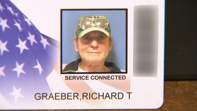 Richard Graeber, a helicopter door gunner in the Vietnam War, died at age 67 in 2014 (Courtesy photo to KOIN 6 News)