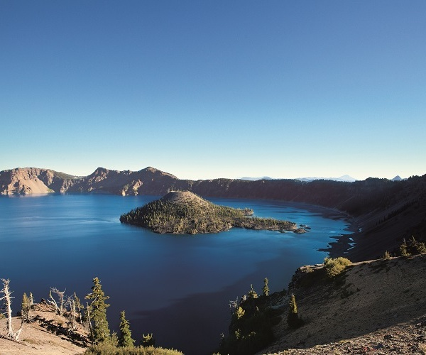 Crater Lake (Chantal Anderson)_174506