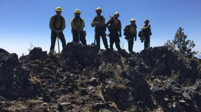 Firefighters at the Corner Creek fire in Central Oregon, July 3, 2015 (InciWeb)
