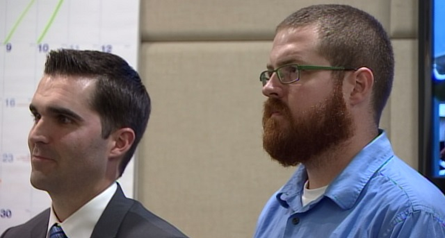 Jonathan Robert Maggiano, right, at his court appearance on sex charges, Sept. 8, 2015 (KOIN)