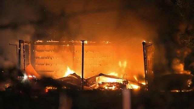 corbett fire 11072015_226391