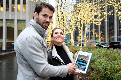 Eric and Jessie James Decker joined PayPal in support of the #GivingTuesday movement aimed at raising money for worthwhile causes during the holiday season, on Tuesday, Dec. 1, 2015 in New York. PayPal is attempting a Guinness World Record for...