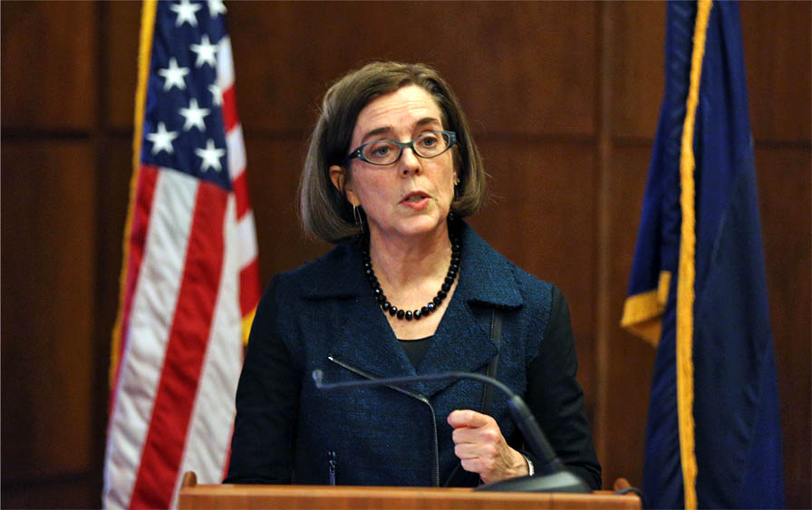 Oregon Gov. Kate Brown outlines her 2016 policy agenda at a press conference at the State Capitol in Salem, Ore., on Wednesday, Jan. 20, 2016. (Molly J. Smith /Statesman-Journal via AP)