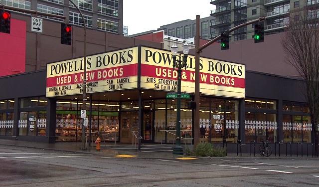 Powell's Books 1_258644