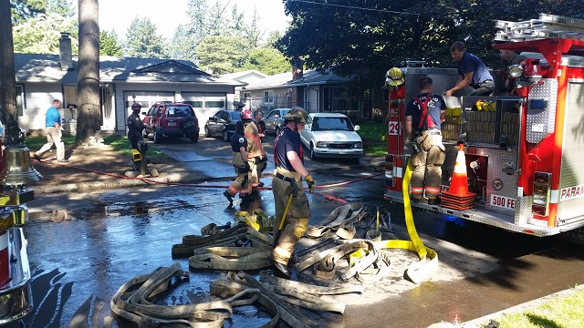 Paint cans explode in SE Portland garage fire