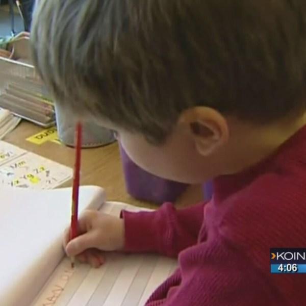 Superintendent: Consider closing WA public schools