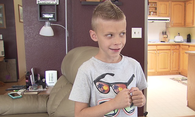 Cason Watson, 7, was born with an eye condition that makes him legally blind, June 1, 2016 (KOIN)