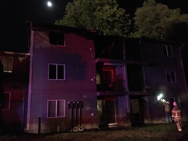 willamette terrace apt fire 07242016 tvfr_330159