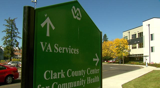 Freedom's Path at Vancouver Apartments provides low income housing for chronically homeless vets, September 21, 2016 (KOIN)