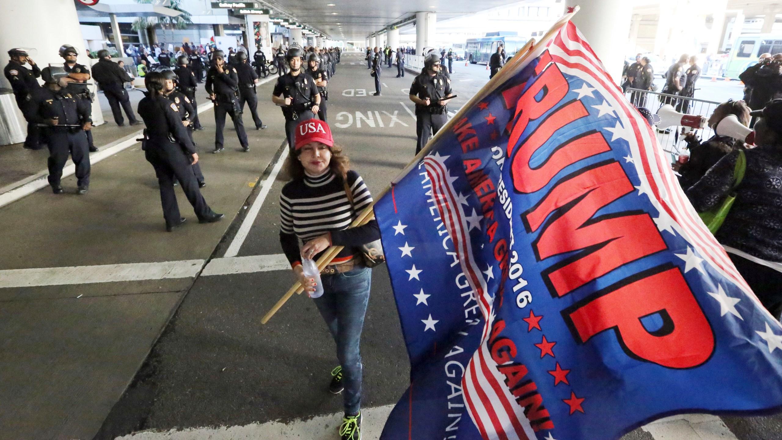 Trump Travel Ban Los Angeles_414832