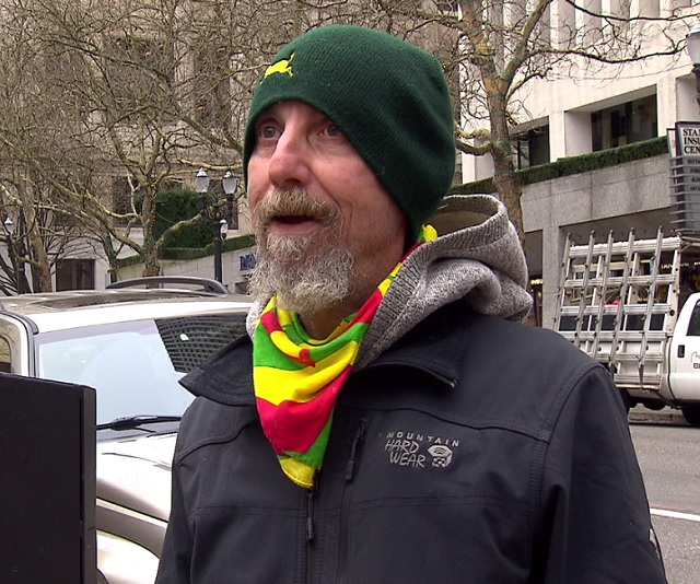 Mike Michalek has been homeless for about 6 years. (KOIN)