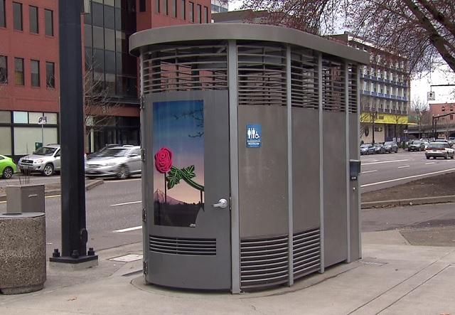 Portland Loo_420831