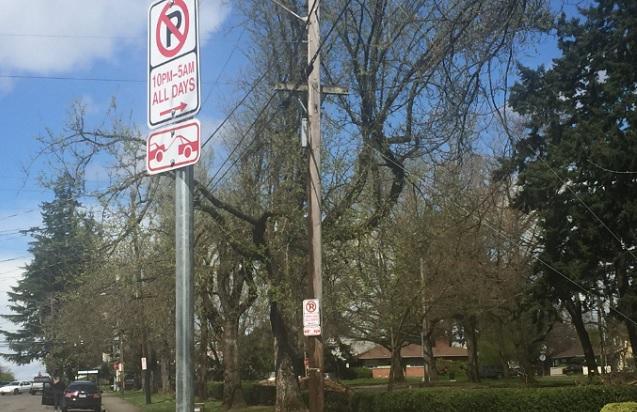 portland city street no parking sign 04142017_443907