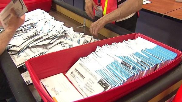 generic-mail-ballots-10272016_363444
