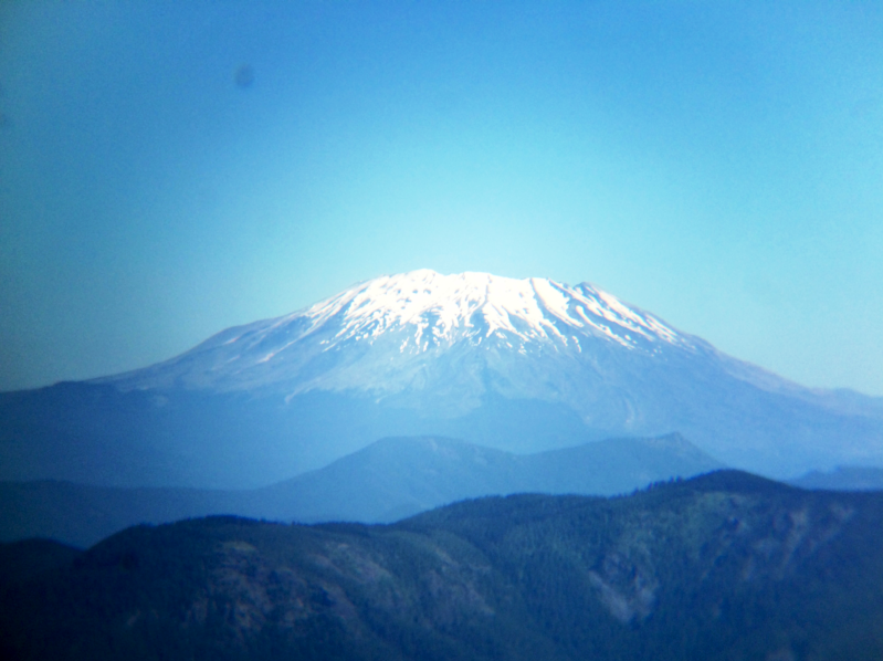 File - Mount St. Helens from an airplane_199651
