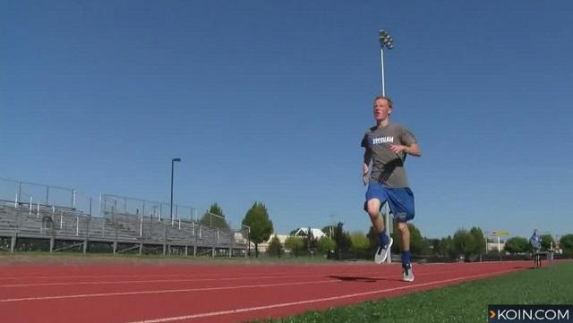 generic high school track runner 08282017_510841