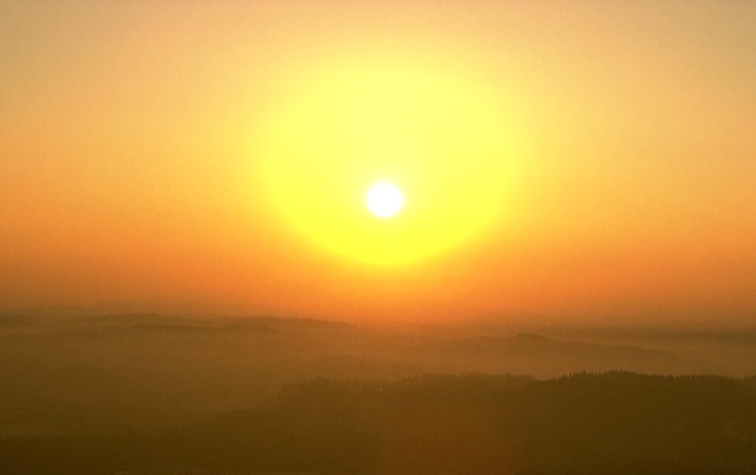 The sun rises over Portland as seen from Chopper 6, August 2 2017. (KOIN) generic hot sunrise sun heat_498377
