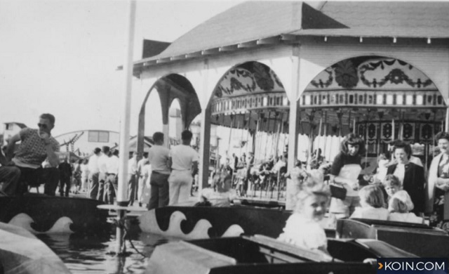 Restore Oregon is trying to bring back the Jantzen Beach Carousel. (KOIN)