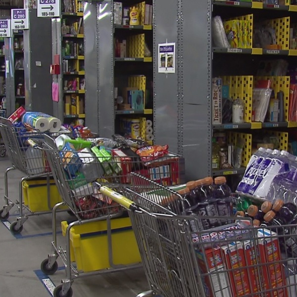 Inside the Amazon Prime Now warehouse in NW Portland, December 21 2017. (KOIN)_571042
