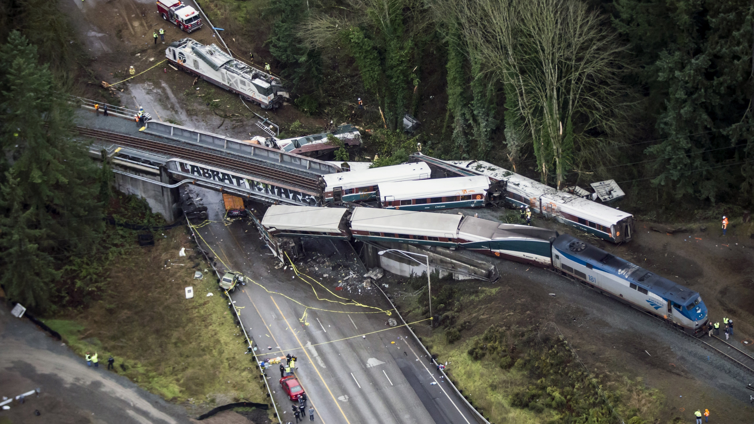 Train_Derailment_Washington_State_33521-159532.jpg93632303