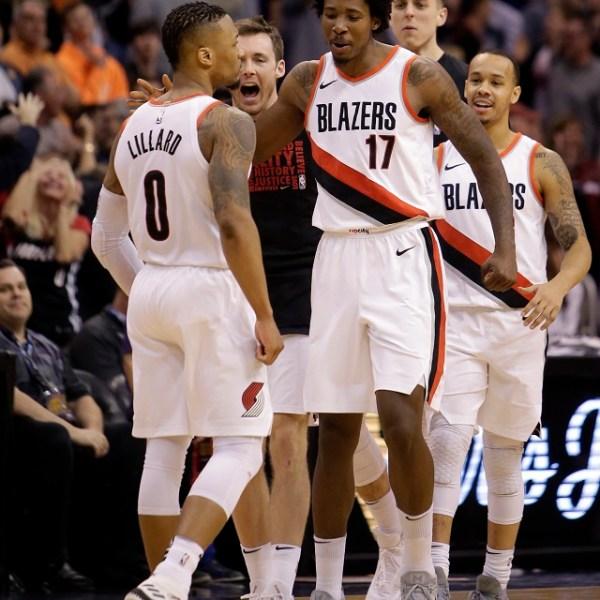Trail Blazers Suns Basketball_1519534495196