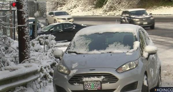 abandoned cars in snow.jpg B_1519258403808.jpg.jpg
