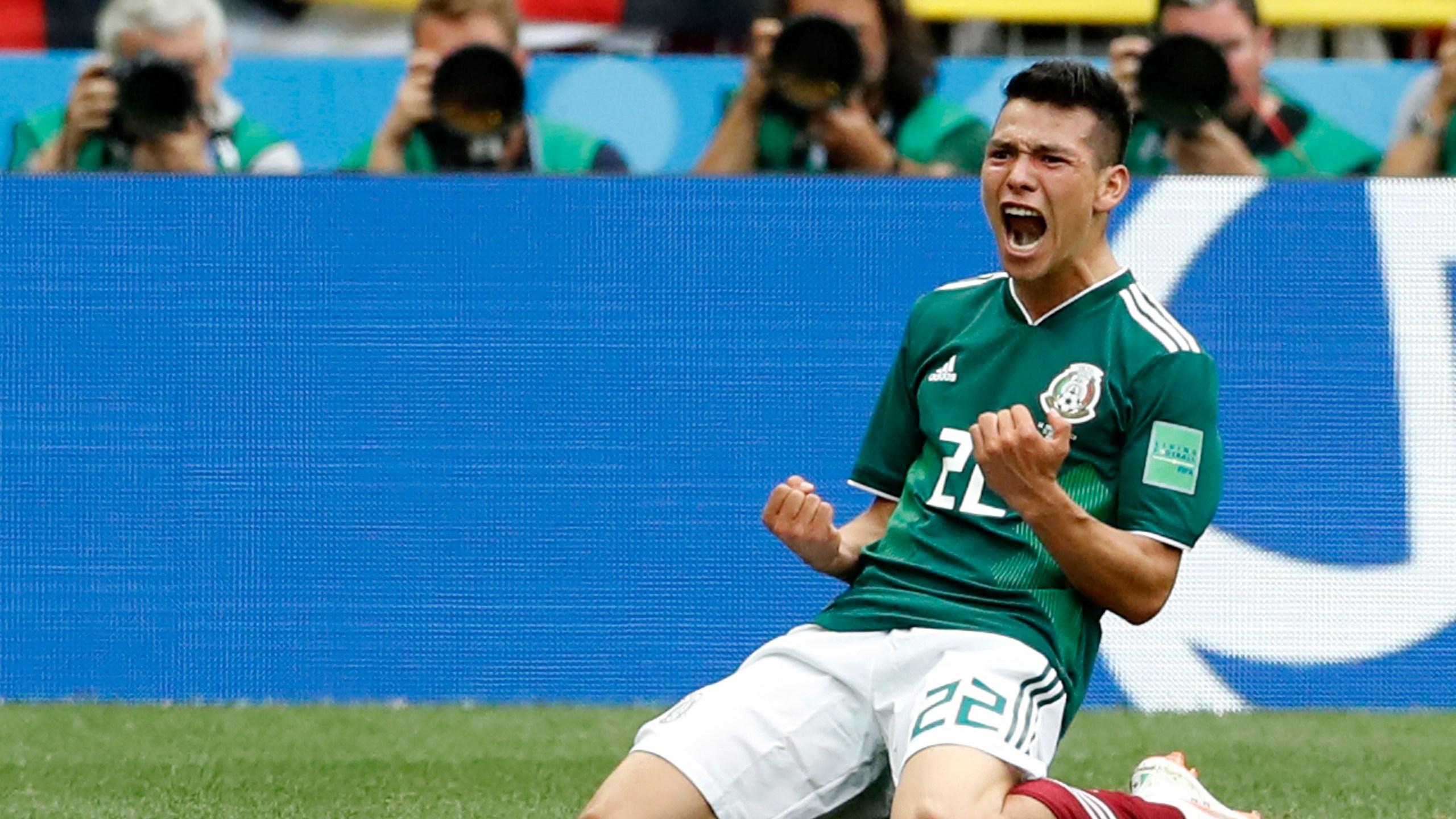 APTOPIX_Russia_Soccer_WCup_Germany_Mexico_63049-159532.jpg09286991
