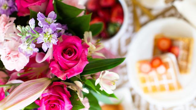 generic flowers 2018_1528497636349.jpg.jpg