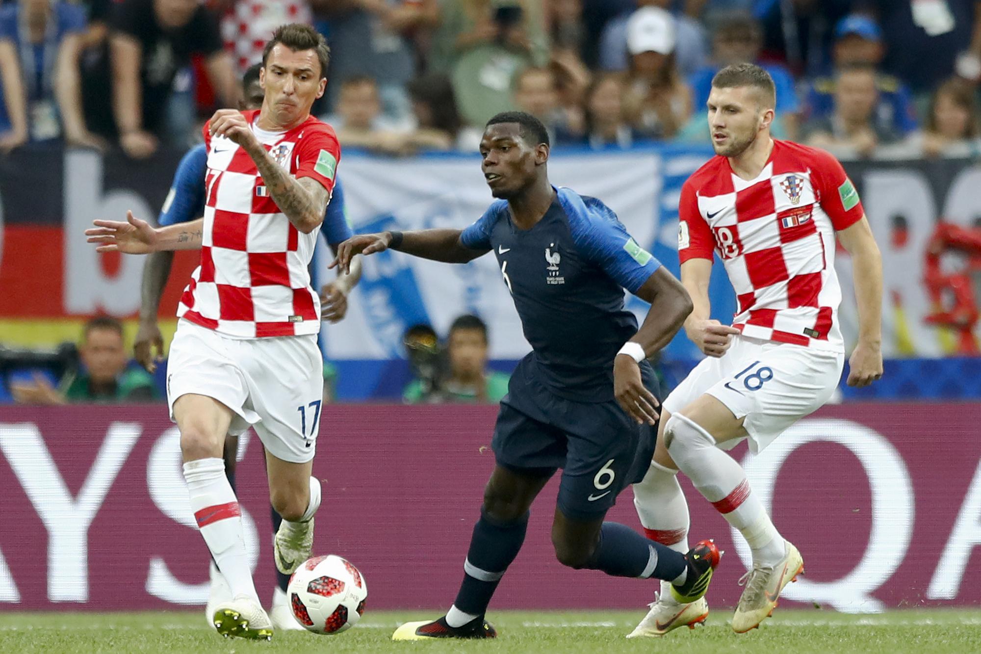 Russia_Soccer_WCup_France_Croatia_73777-159532.jpg09949111