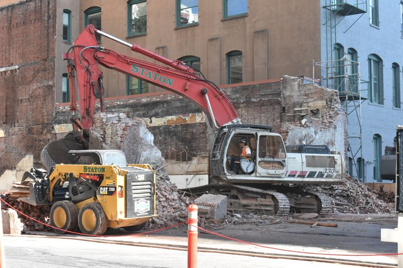 construction generic generic construction