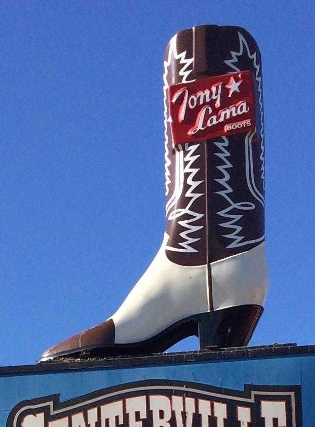 Casa De Tamales stolen boot_1535754896819.jpg.jpg