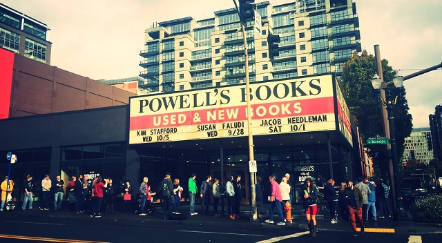 The crowd lined up early at Powell's to see Bruce Springsteen sign his memoir, October 4, 2016 (KOIN)
