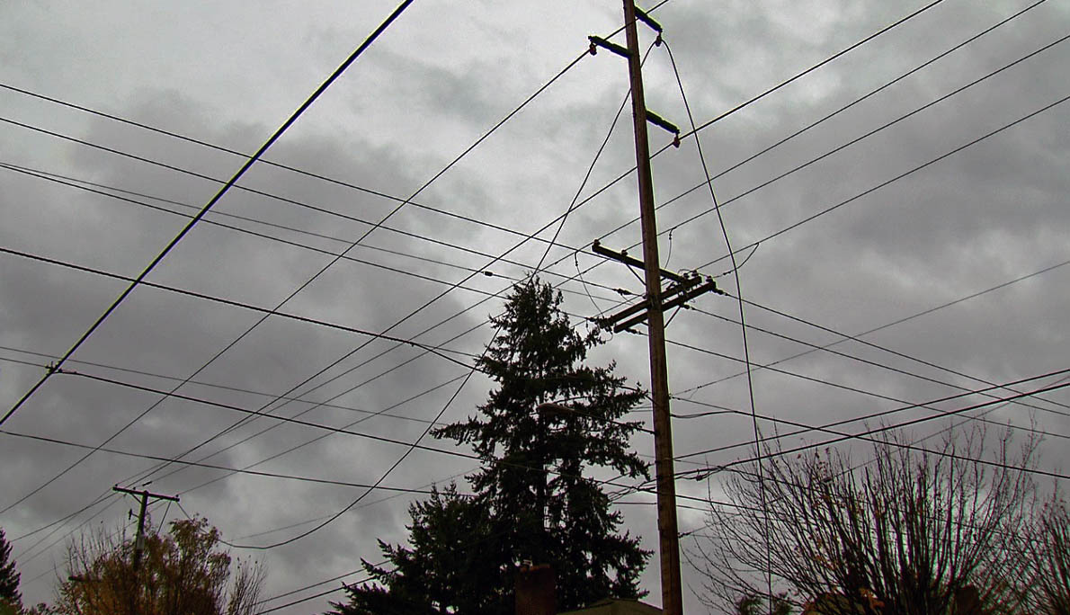 clouds and power lines_231106