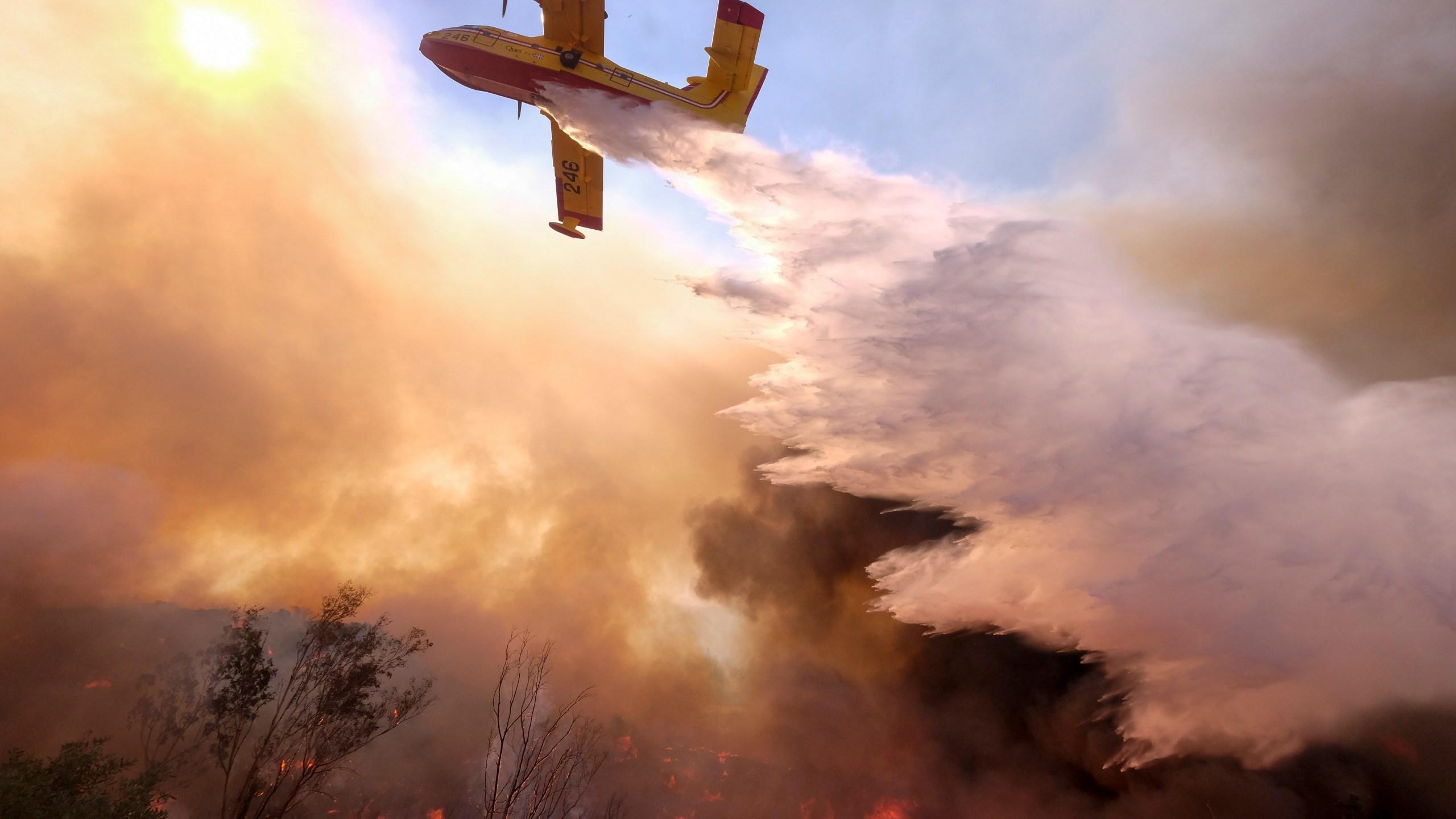 APTOPIX_California_Wildfires_68122-159532.jpg79963124
