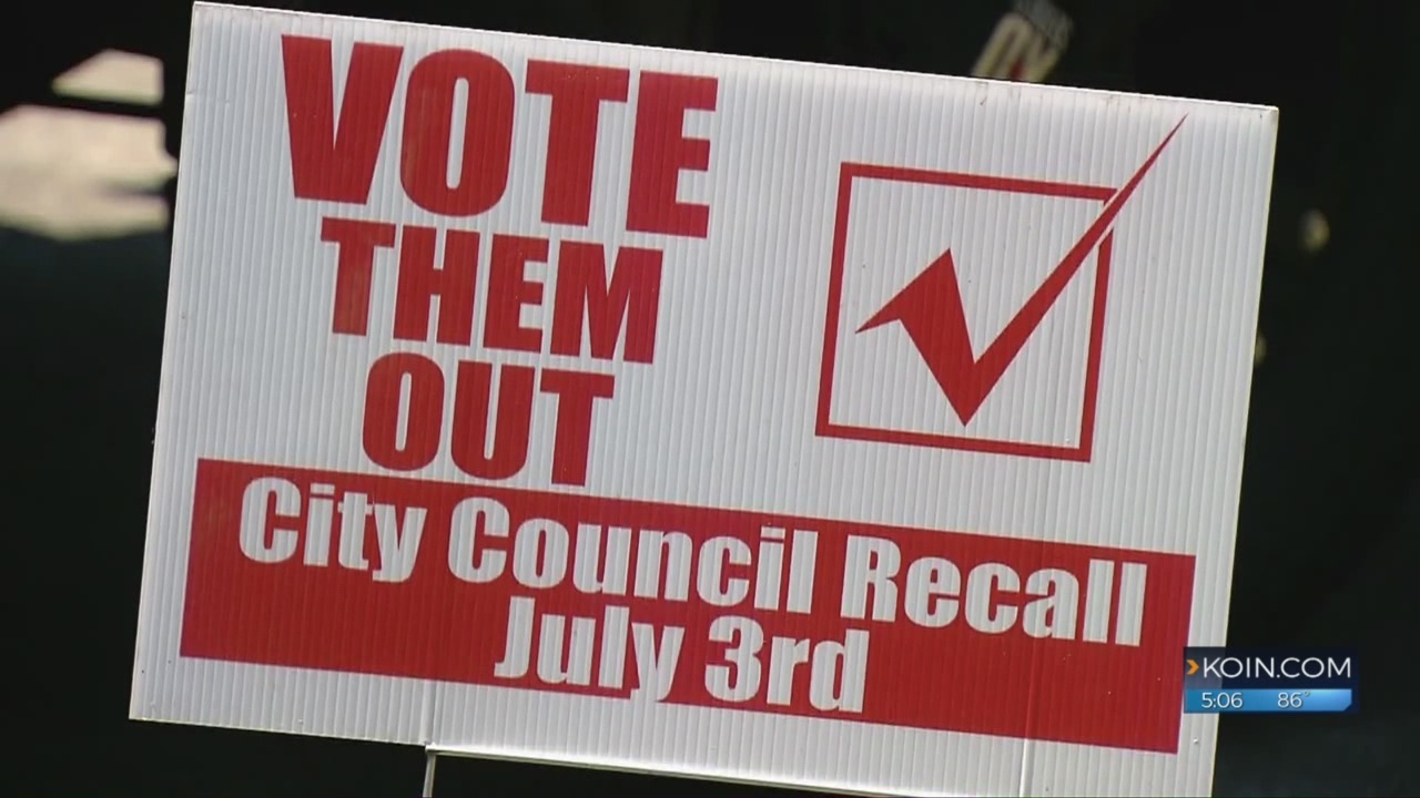 Half of Aumsville city council appears out after recall