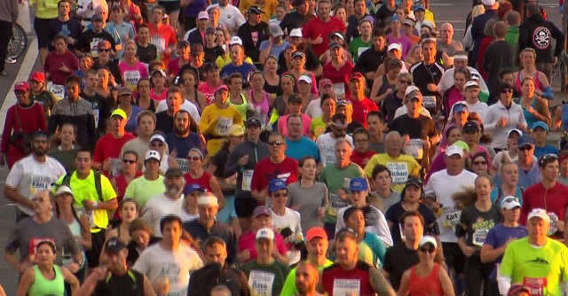 Thousands of runners in the Portland Marathon (Undated, KOIN file)
