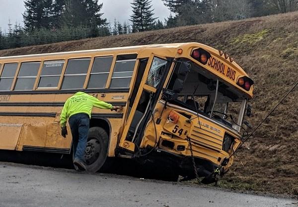 boring highway 26 crash bus_1552415090766.jpg.jpg