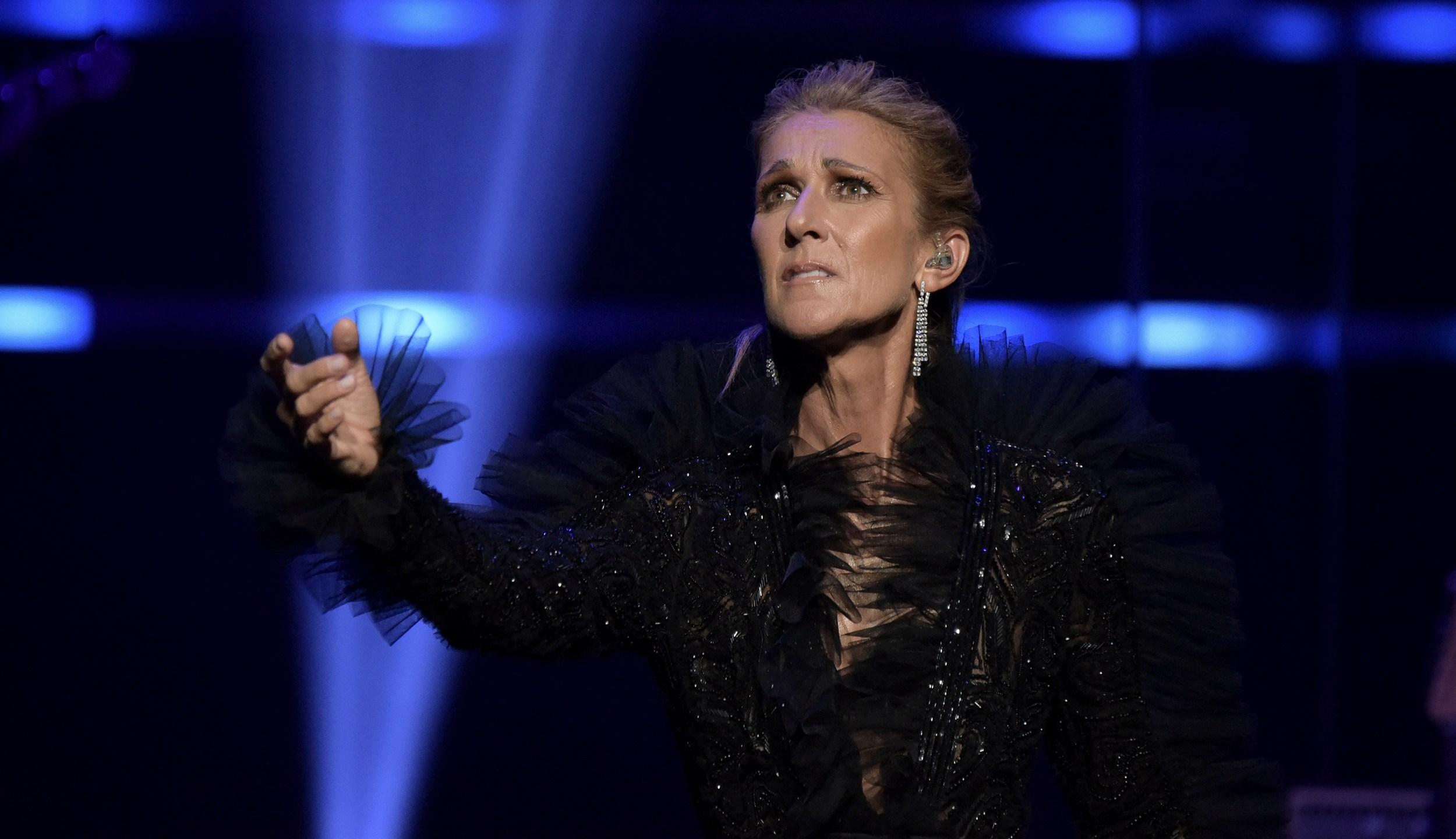 Celine_Dion_in_Concert_-_Los_Angeles_05518-159532.jpg31456209