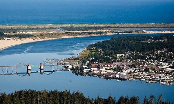 Florence Oregon coast town 04172019_1555556294684.jpg.jpg
