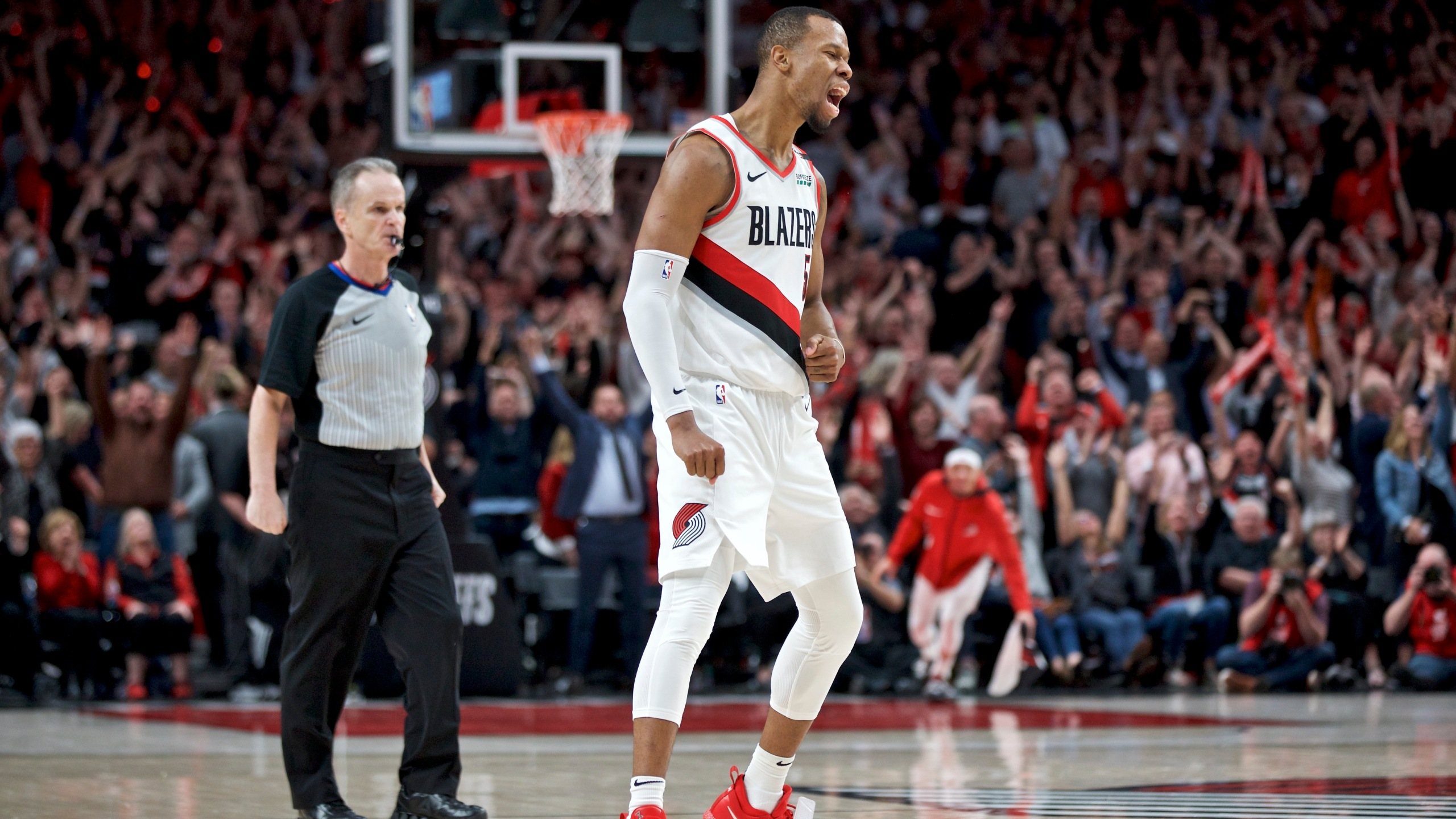 Nuggets_Trail_Blazers_Basketball_53106-159532.jpg41427119