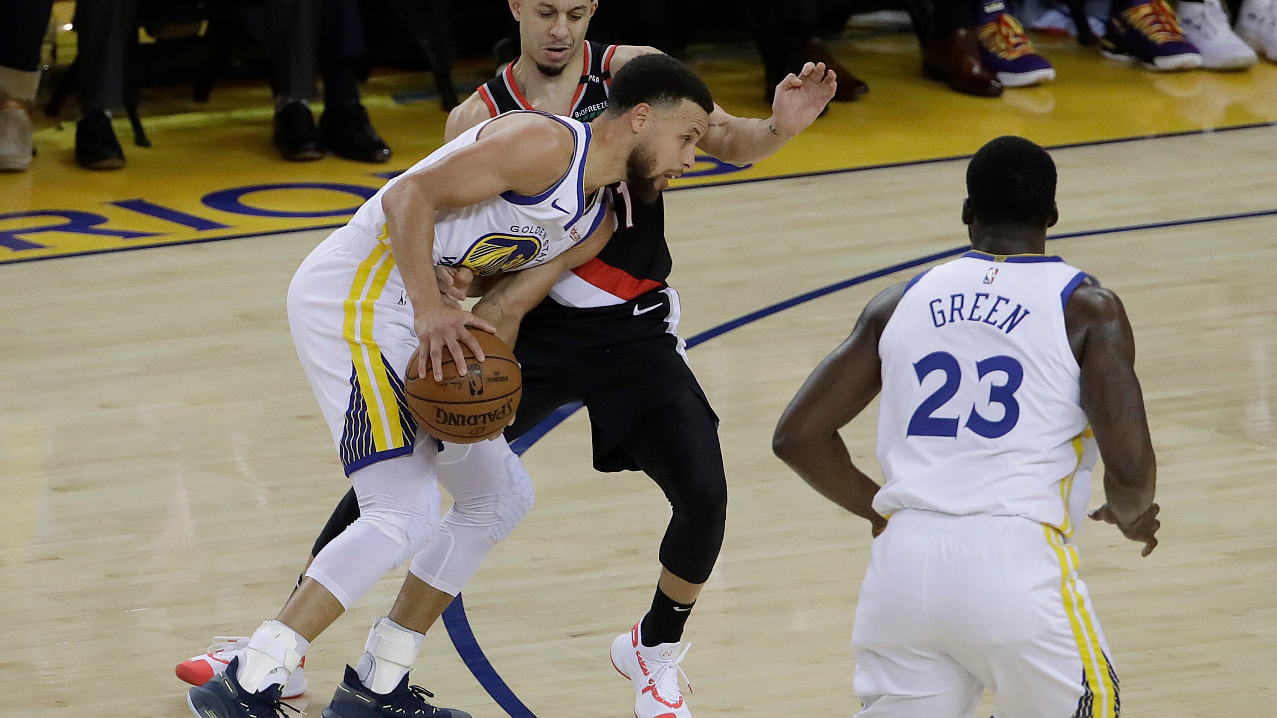 Trail_Blazers_Warriors_Basketball_50868-159532.jpg63826824