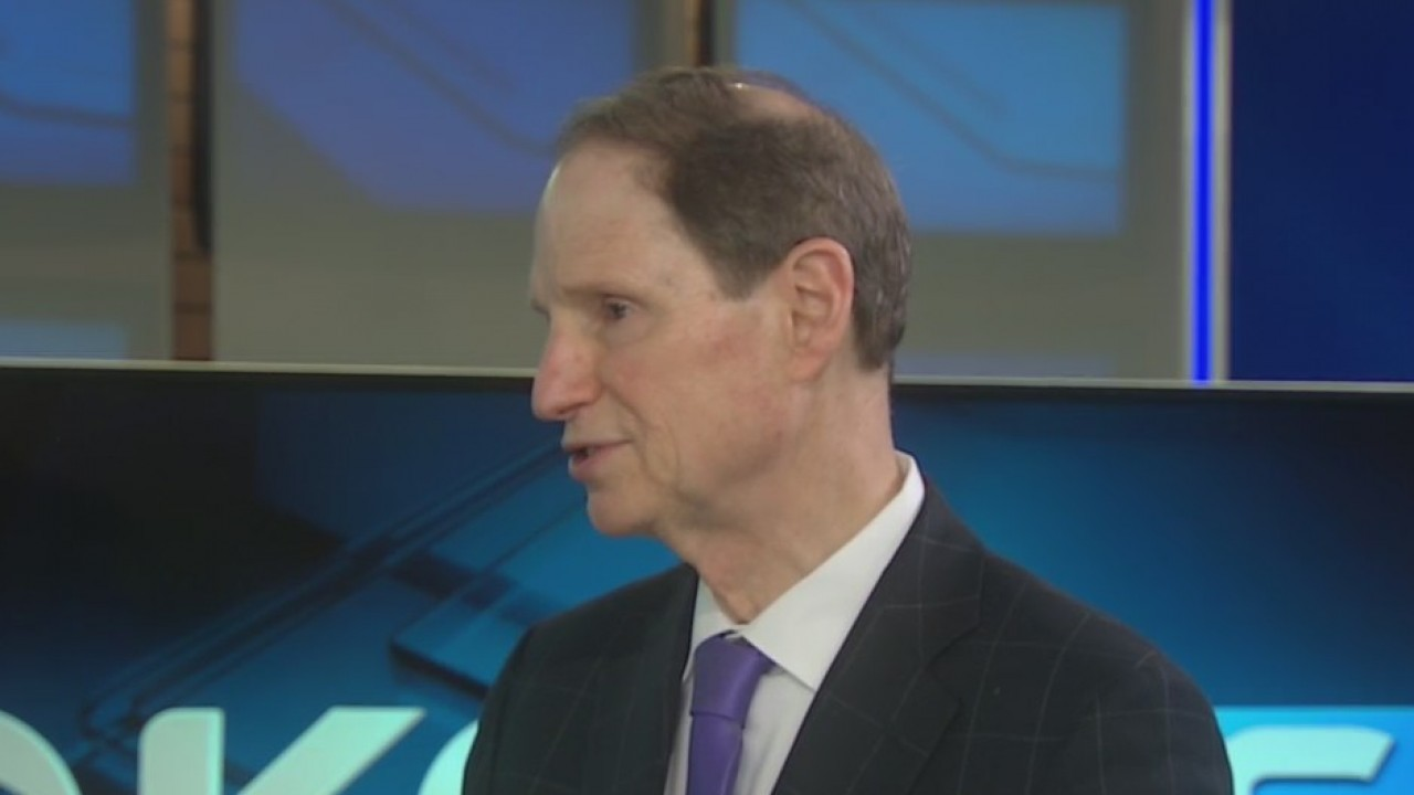 Oregon Sen. Ron Wyden stopped by the KOIN 6 studio to talk about the Breaking the Silence program and how suicide awareness has personally impacted his own life.