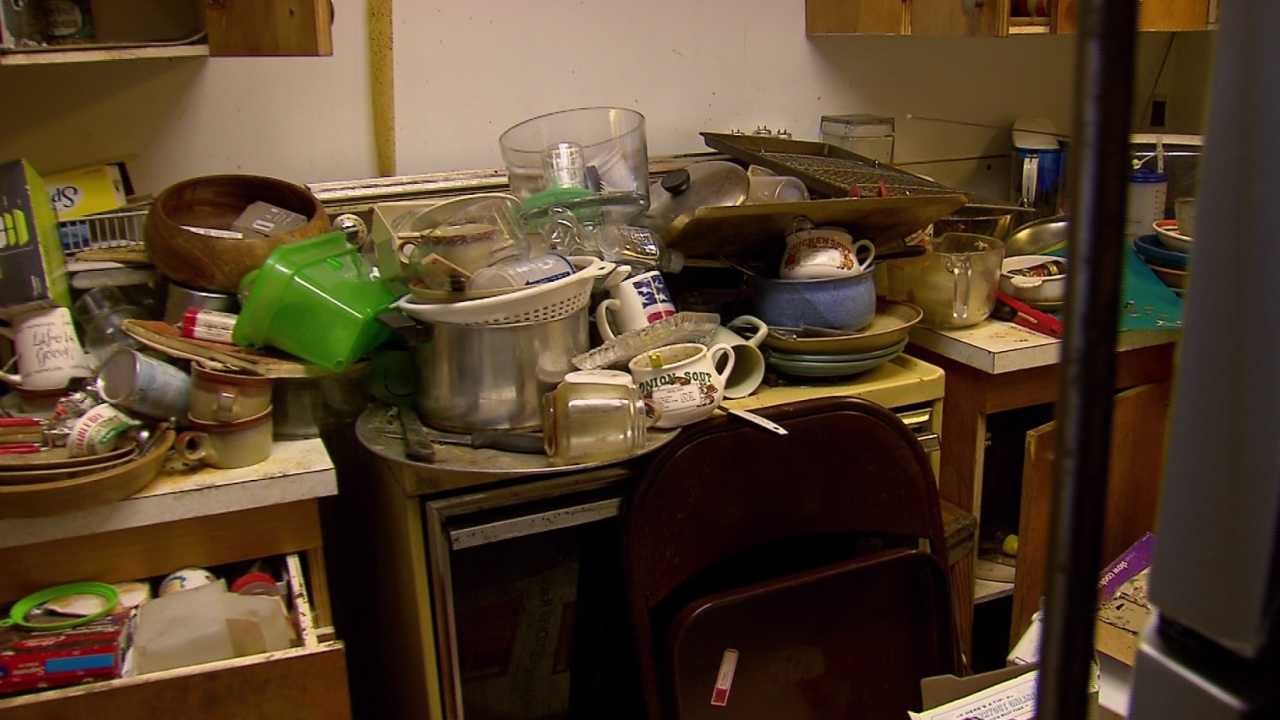 Chronic clutter? There's a new class for that | KOIN com
