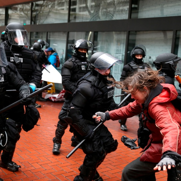 Portland_Protest_Limits_14904-159532.jpg76445581