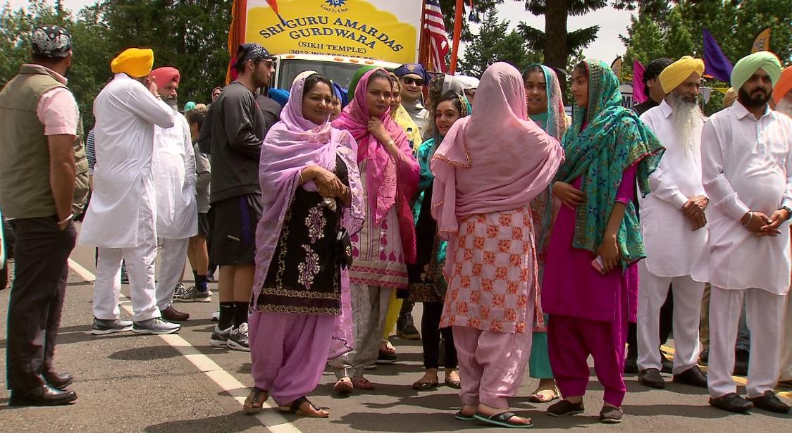 SIKH parade women_1561246005068.jpg.jpg