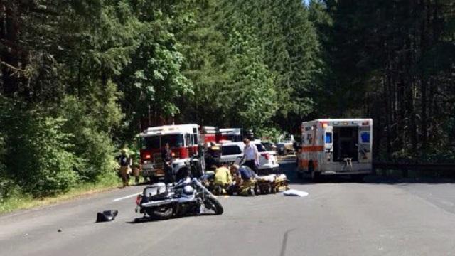 Motorcyclist seriously hurt in Hagg Lake crash