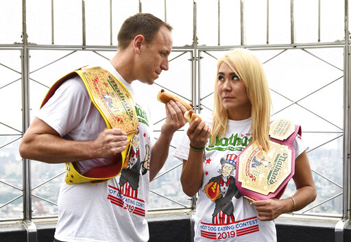 Joey Chestnut, Miki Sudo