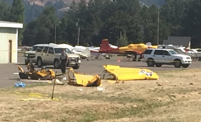 Antique plane goes down in Hood River, killing 2