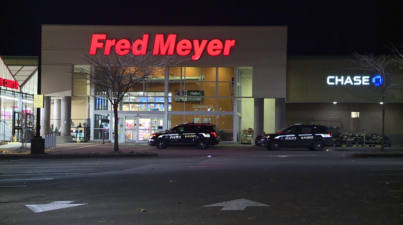 Strange Pray For Me Tigard Fred Meyer Robbed At Gunpoint Ibusinesslaw Wood Chair Design Ideas Ibusinesslaworg